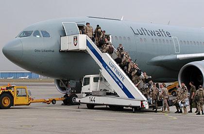 Kurz vor Abflug nach Kunduz / Afghanistan